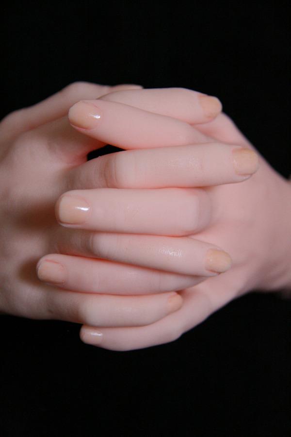 リアルエアドール小沢桜子の手カスタマイズ例