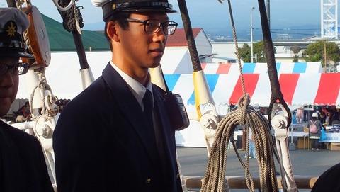 海技士国家試験試験取得を目指す実習生