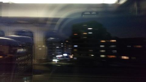 都内で資格試験後の帰りの新幹線の窓から3