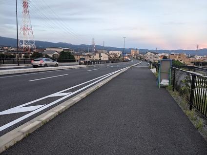 「毎夕の日課としてる近所の散歩の景色」2
