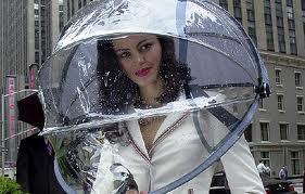 あの~、私の傘なんですけど