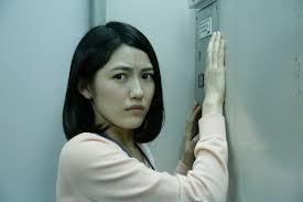 会社でエレベーター乗