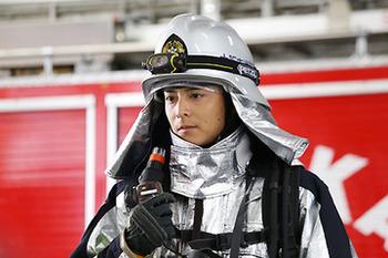 消防士と偽り、私以外の