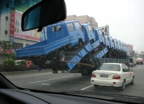 泥ママはトラックの荷台を駆使し、