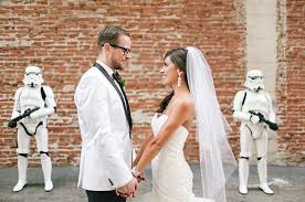 にない結婚