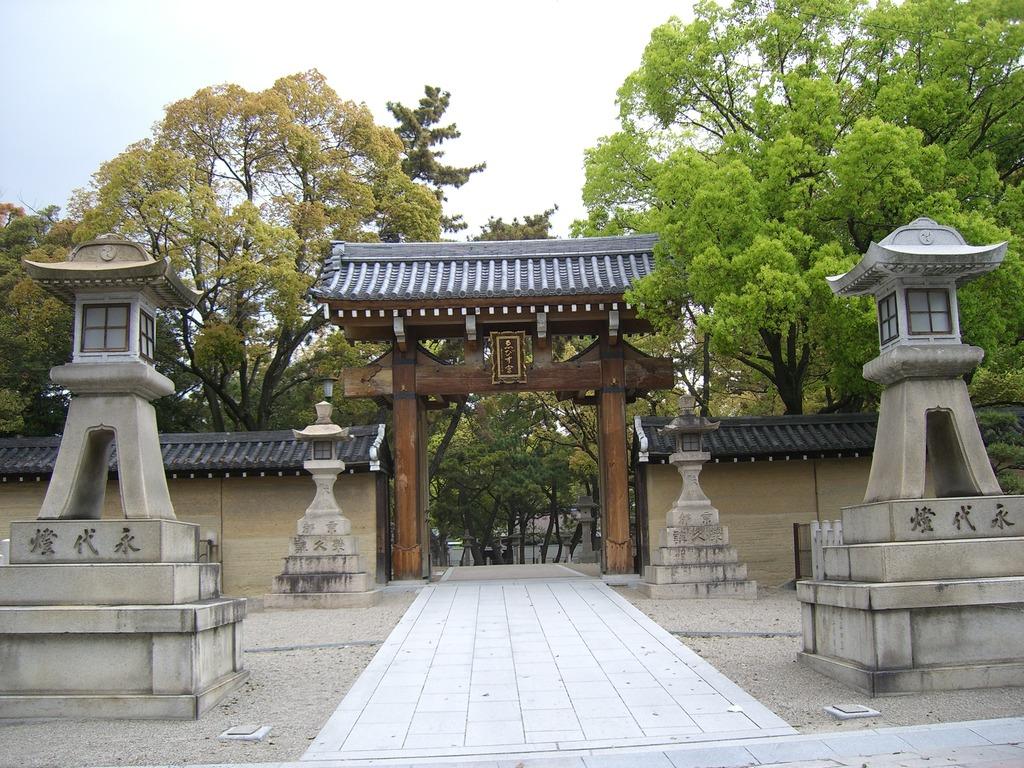 04西宮神社
