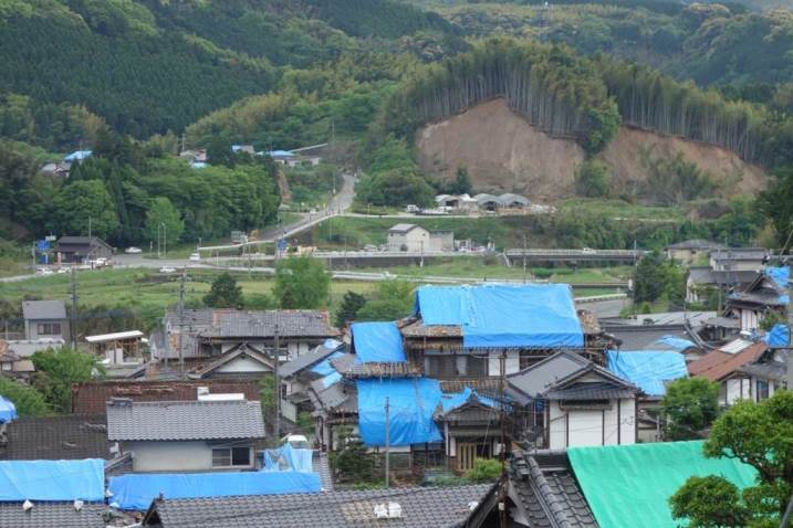 屋根被害対応の初動で財産を守れ from Kumamoto