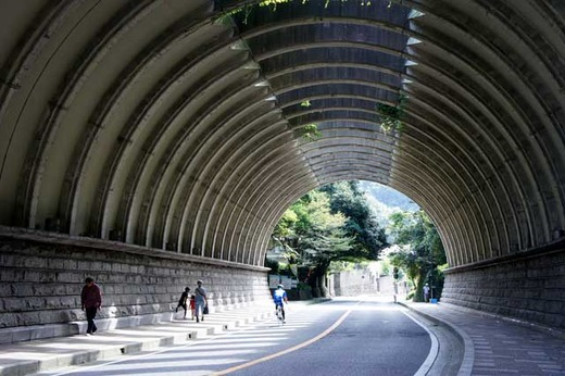 121005巨福呂坂洞門