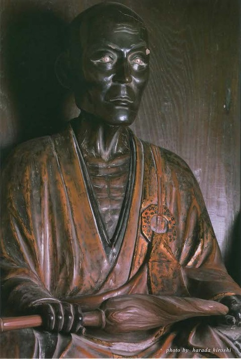 141030建長寺原田寛写真展1