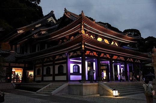 150823長谷寺の灯り2