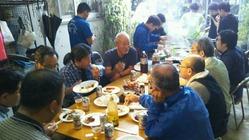 4.20夕食バーベキュー・知花昌一さんを囲んで