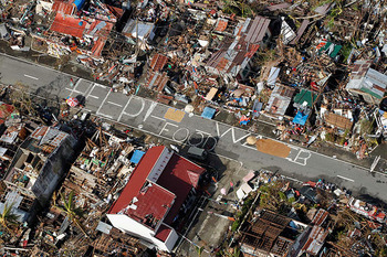 1113-Philippines-Typhoon-Haiyan_full_600