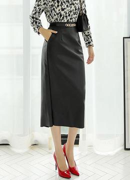 バックスリットHラインロングレザースカート