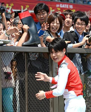 http://livedoor.blogimg.jp/nikkangossip/imgs/4/f/4ff78b05.jpg