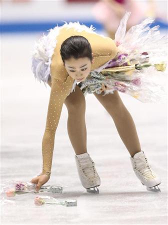 http://livedoor.blogimg.jp/nikkangossip/imgs/5/e/5e6a3595.jpg