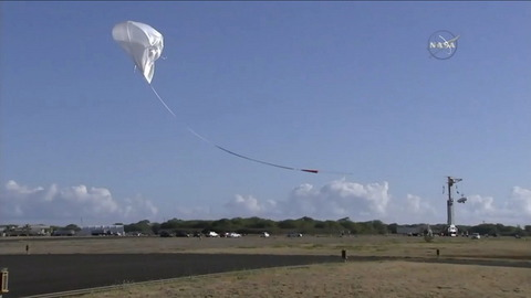ldsd-balloon-launch-wide