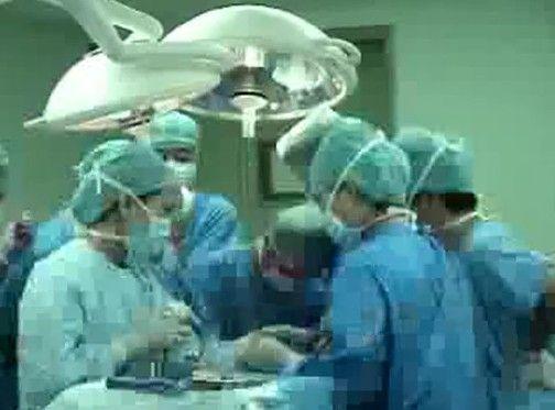 顔面に20kgを超える腫瘍ができた中国人