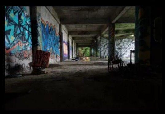 廃墟-崩壊の美