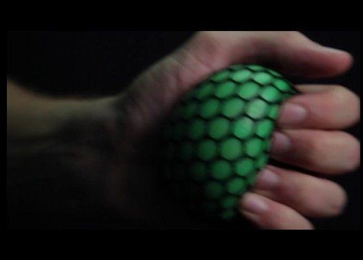 「ストレスボール」という玩具が気持ち悪すぎる