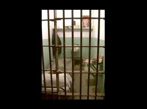 世界の刑務所画像