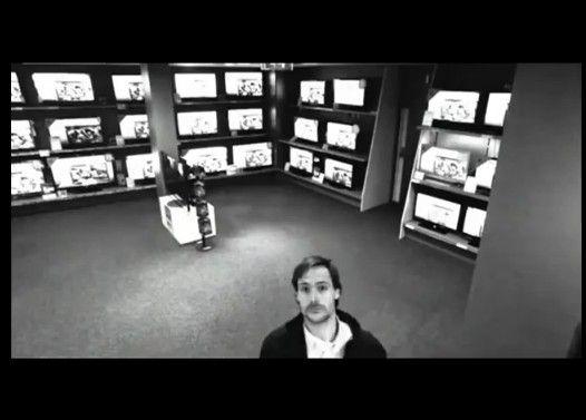 巧妙な手口でテレビを盗難