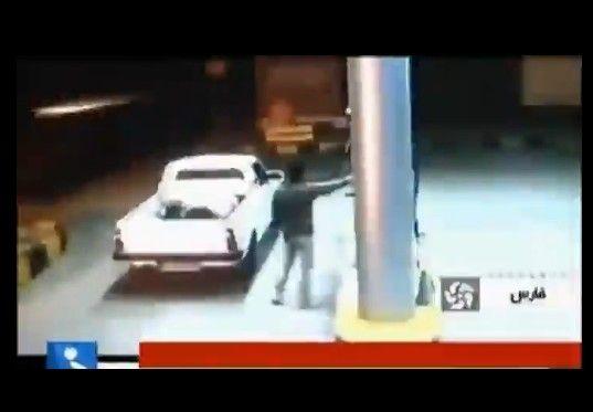 ガソリンスタンドで給油中に愛車が爆