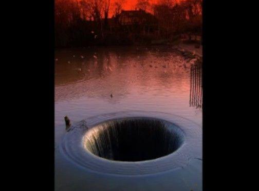 泳げるやつが見ても怖い水場の画像を集めよう