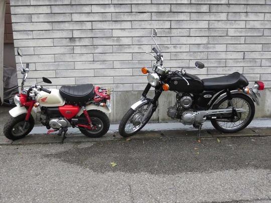 YB-1Fourとモンキー
