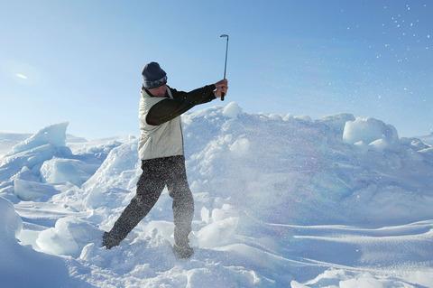 Ice-Golf