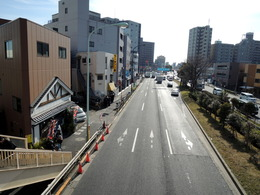 (歩道橋上)