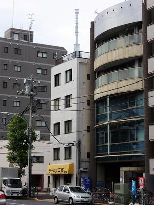 (亀タワー)