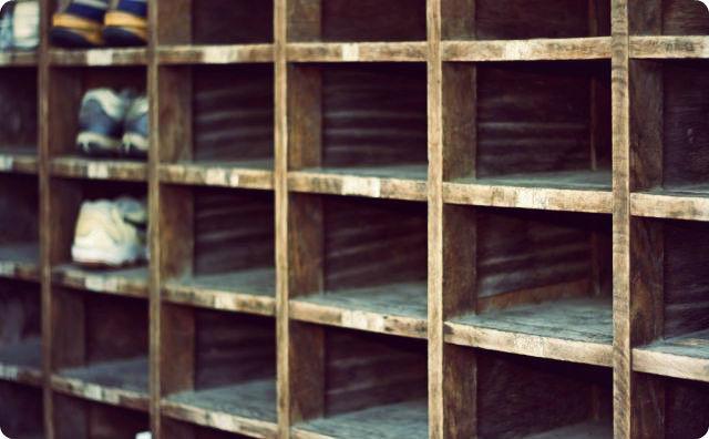 学校、靴箱