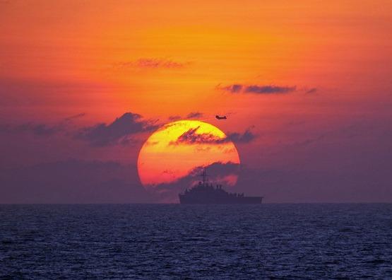 military-ship-570005_960_720