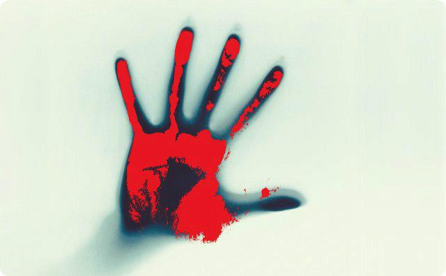 赤い手、事故