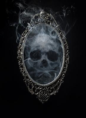 skull-4248008_960_720