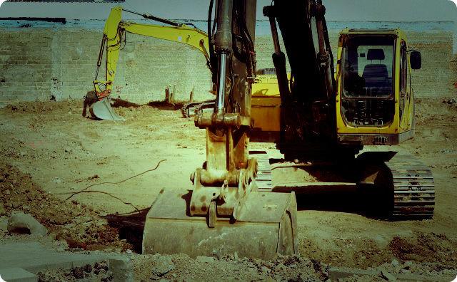 工事現場-ショベルカー-事故-怪奇現象