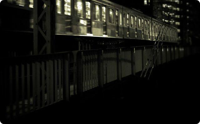 電車、踏切