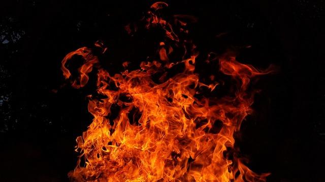 fire-2821775_1920