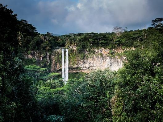 waterfalls-1030737_960_720