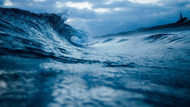 ocean-wave-1149174_1920 (1)