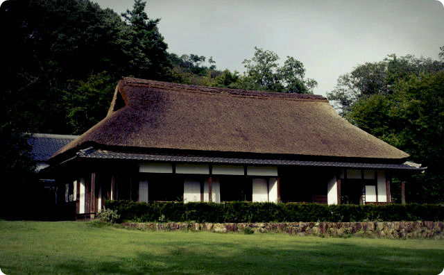 田舎の大きい家