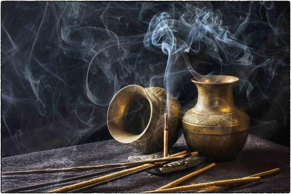 incense-1961430_1920