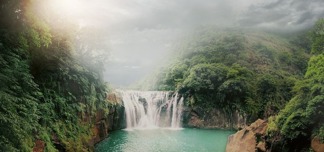 waterfall-3537232_960_720