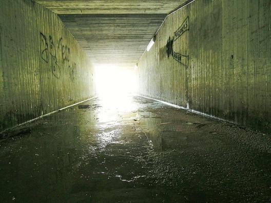 tunnel-197549_960_720
