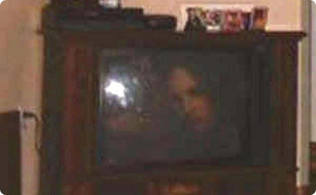 テレビ画面に写った幽霊
