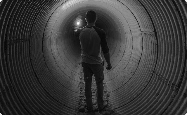 【タイムトンネル】かくれんぼをしていたら全く知らない場所に出た