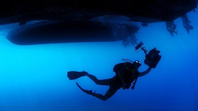 diver-85913_960_720
