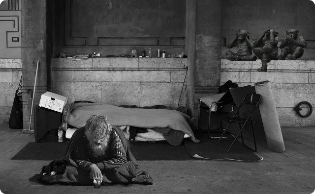 ホームレス