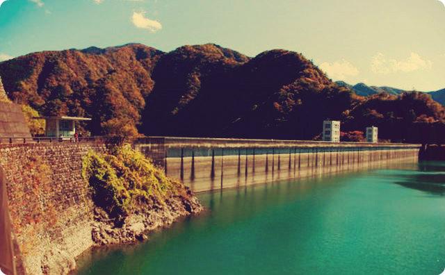 ダム-釣り-怖い話