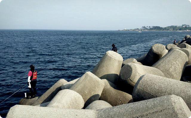 テトラポット、海